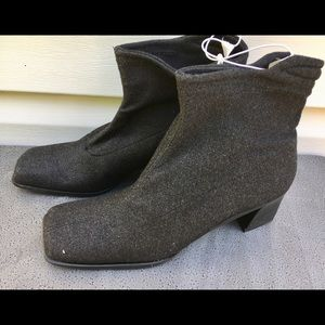 👢Chinese Laundry👢NWOT Black Ankle Boots